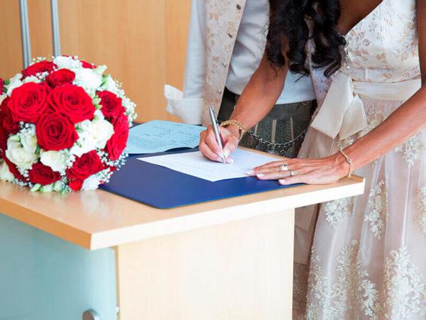 JHeuser Hochzeitsfotograf München - Standesamt